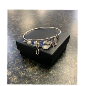 New!- AVON Bracelet STRENGTH charm bracelet